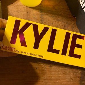 New Kylie summer palette